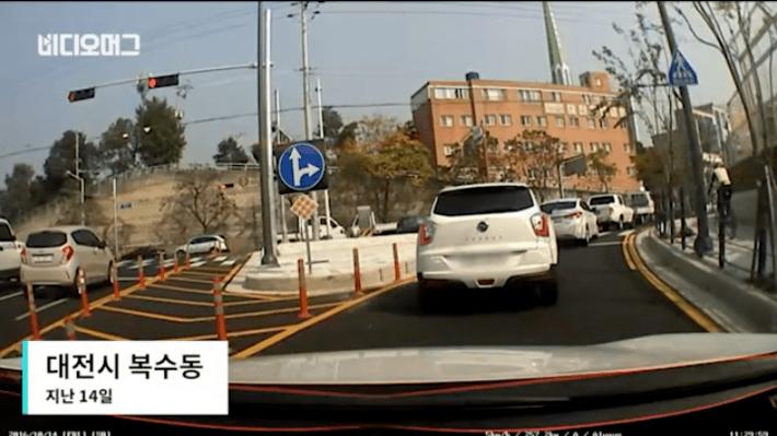 http://image.fmkorea.com/files/attach/new/20161019/486616/425627500/487556585/76d662858a9e1ebf7c52c7d04dccd6f2.png