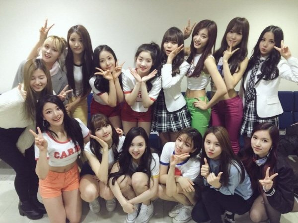 160313 gee 단체사진.JPG (스압) 2016년 여자친구 결산