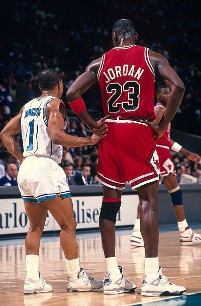 i3377853744.jpg NBA에서 가장 큰 선수와 가장 작은 선수
