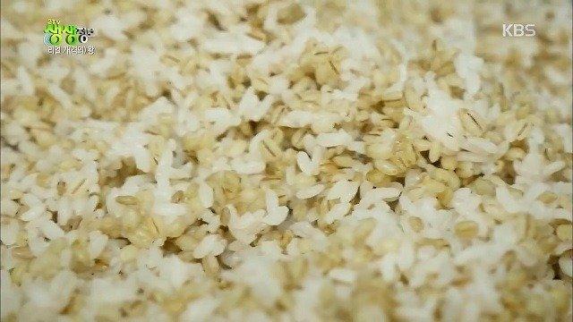 8.jpg 돈까스 냉면 보리밥=6500원
