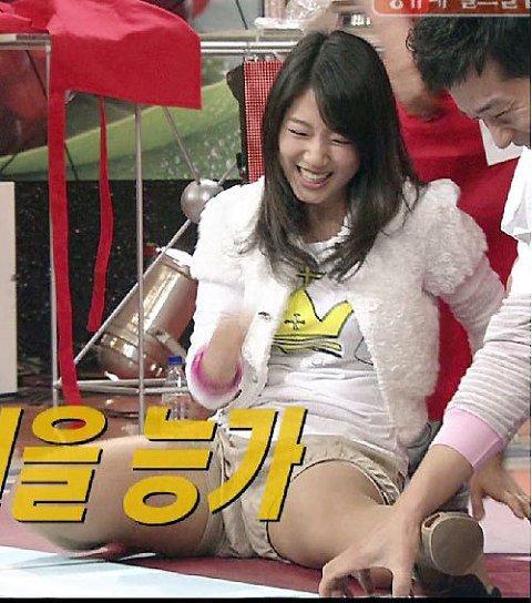 3.jpg 방송에서 다리찢기 하던 박신혜