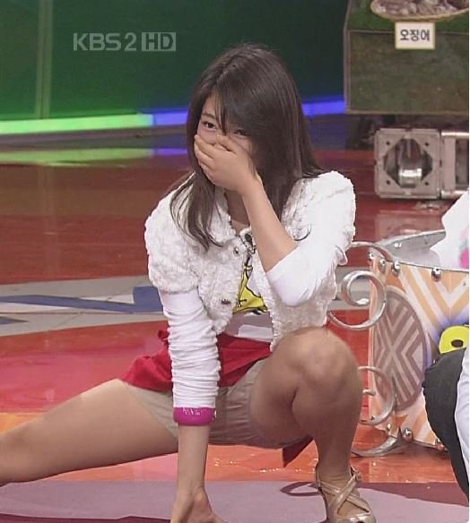 2.jpg 방송에서 다리찢기 하던 박신혜