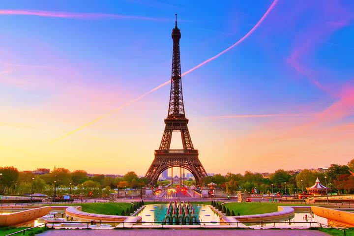 eiffel-tower-paris-france-16.jpg 아트사커의 부활? 프랑스 국대 전술 !