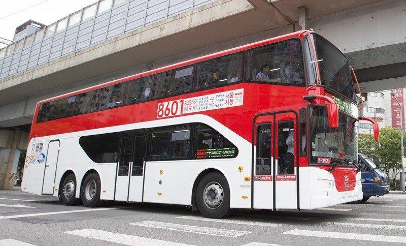2층 img_20151003184351_969f9a41.jpg 2층 버스 내부 모습