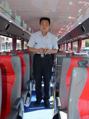 2층 버스 내부40256_24958_126.jpg 2층 버스 내부 모습