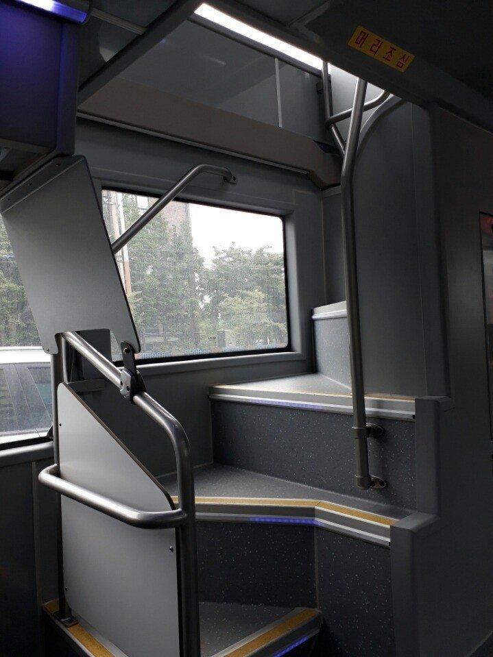 2층 버스 내부resized_20170709_103950_1272933094.jpg 2층 버스 내부 모습