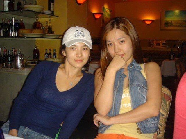 31ca41189b93588bd7c4203014f39c74.jpg 은광여고에서 얼굴로 나름 유명했다는 여자연예인 둘.JPG