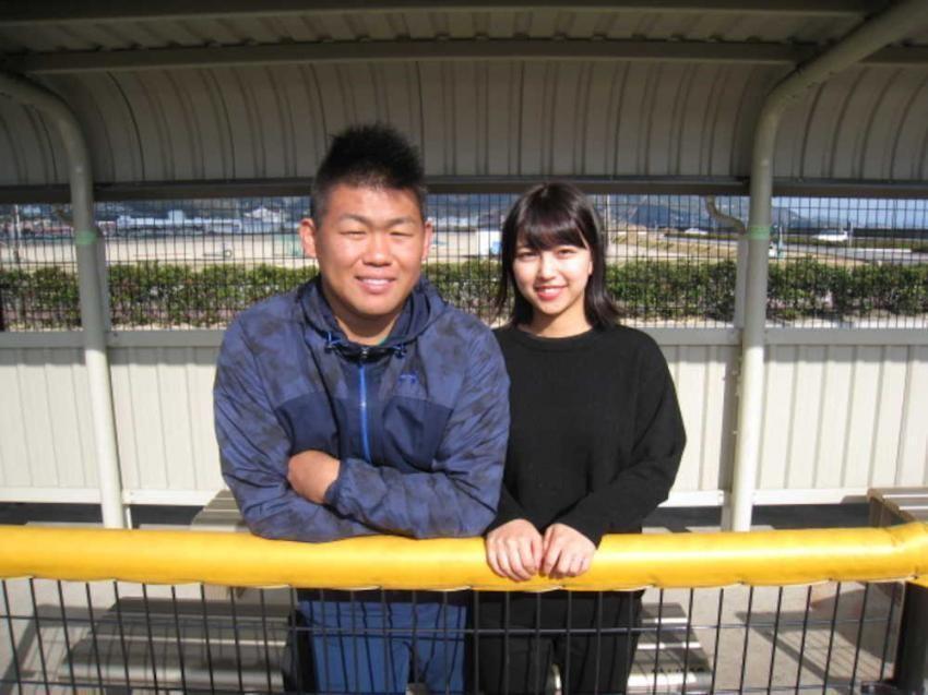 현재 일본선발 타구치 카즈토의 부인.jpg