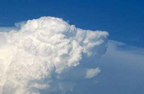 i14060553907.jpg 신기한 구름 모양
