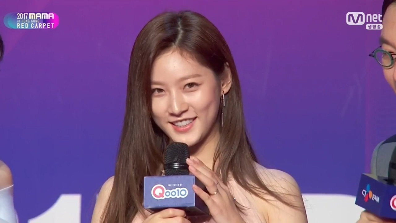 [Mnet] 2017 MAMA Red Carpet in Hong Kong.E01.171201.720p-NEXT.mp4_20171207_221820.115.jpg 원빈이 목숨걸고 구한 이유