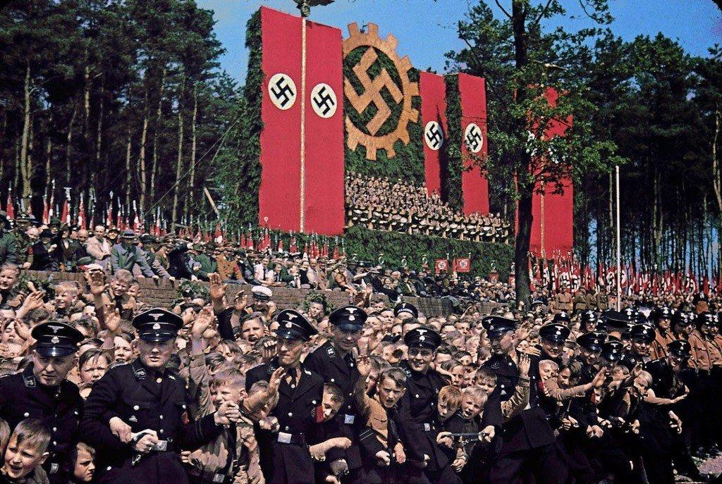 61.jpg 나치독일 컬러 복원 사진들.JPG 나치독일 컬러 복원 사진들.JPG (스압)나치 독일 당시 컬러 사진..JPG