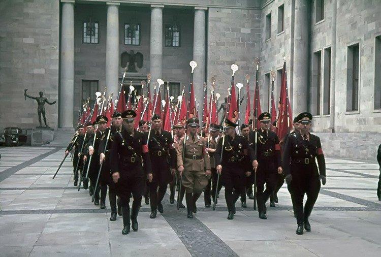 11.jpg 나치독일 컬러 복원 사진들.JPG 나치독일 컬러 복원 사진들.JPG (스압)나치 독일 당시 컬러 사진..JPG