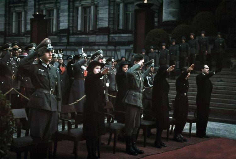 19.jpg 나치독일 컬러 복원 사진들.JPG 나치독일 컬러 복원 사진들.JPG (스압)나치 독일 당시 컬러 사진..JPG