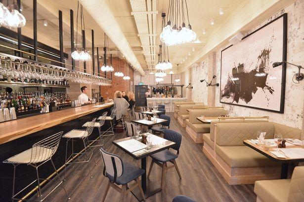 020317suri24.jpg [맨체스터이브닝] 펩 과르디올라는 맨체스터에 새로이 오픈하는 카탈란 레스토랑에 투자를 했다.