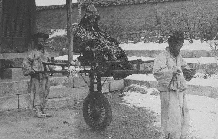 1591b13e6ea45ab1f.jpg 19세기 후반, 사진으로 남아있는 동북아 갑옷 착용샷들