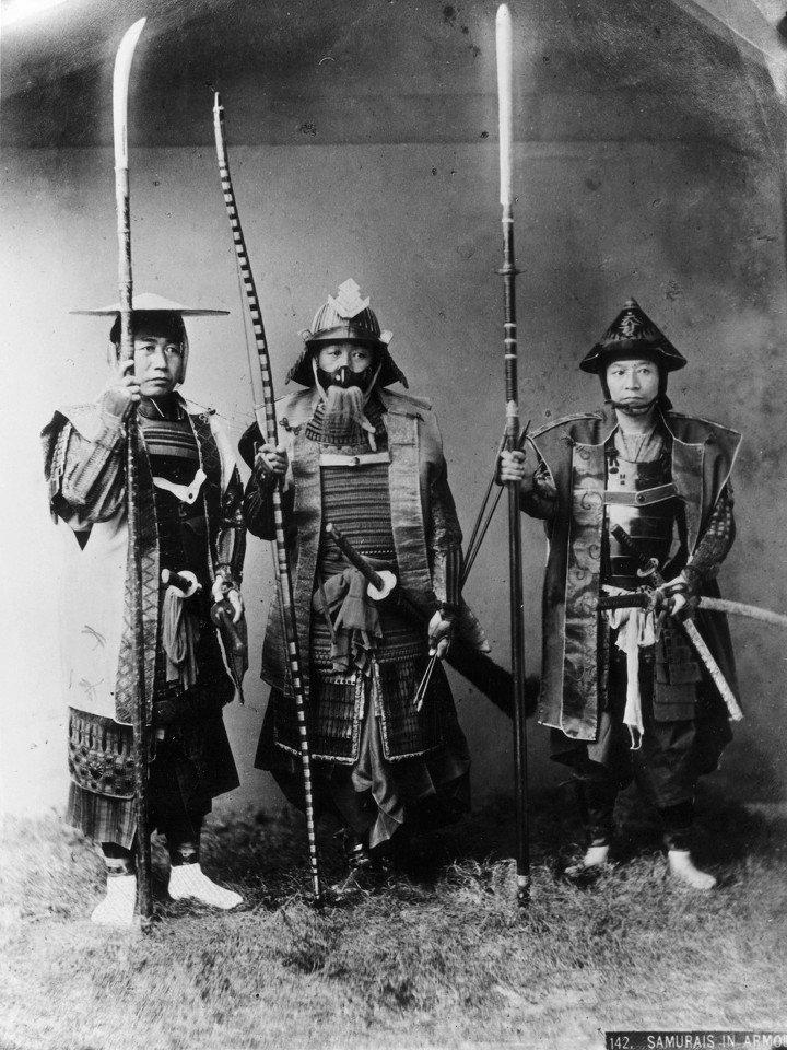 8C8796227-130830-samurai-warriors-vmed-12p.jpg 19세기 후반, 사진으로 남아있는 동북아 갑옷 착용샷들