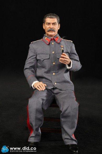 1882833b3ec629.jpg 아돌프 히틀러 피규어.jpg