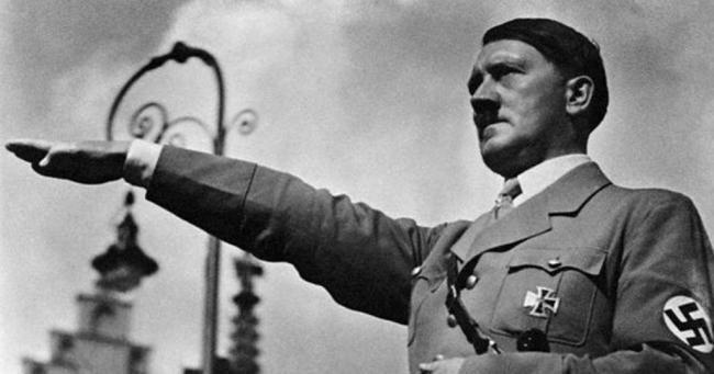 54b7cb60a525119a778b6228.jpg 히틀러와 나치당의 정권장악 - 극단적인 사상이 사회를 삼키는 과정