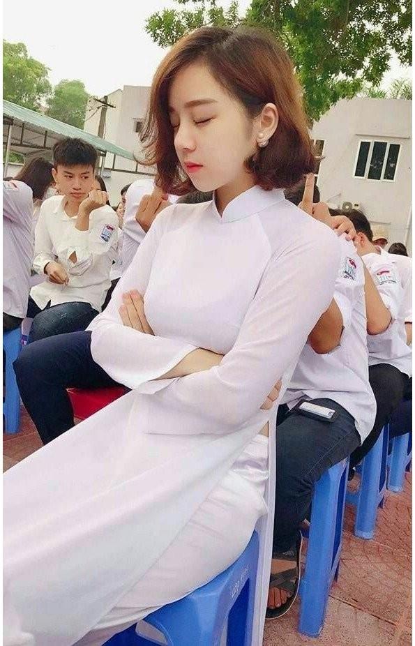1.jpg 젋은나라 떠오르는 나라 베트남.JPG