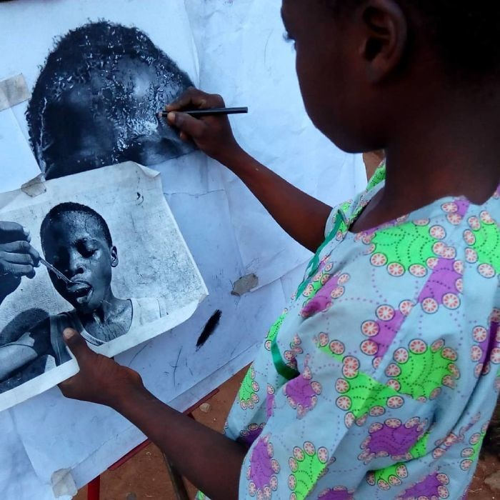 At-11-years-old-boy-makes-hyperrealistic-drawings-that-will-impress-him-5b3c05f0d14ef__700.jpg