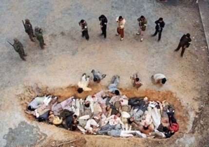 민간인 학살 태극기 휘날리며 1-2.jpg 한국전쟁 당시 영국군에 의해 밝혀진 학살 사건.jpg