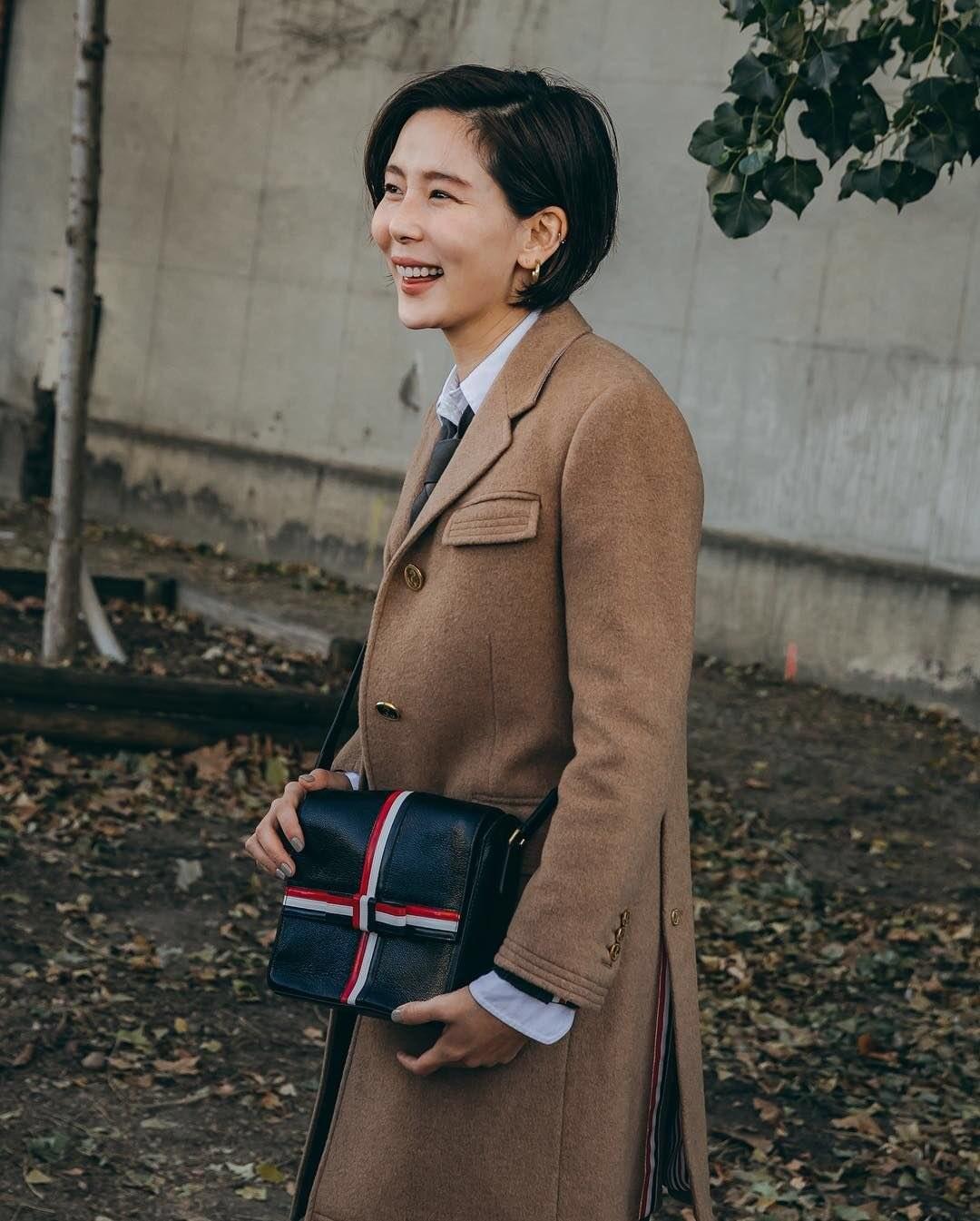 4KeZFPUuDmoCK2MYmQkkou.jpg 파리 패션위크 놀러간 김나영.JPG