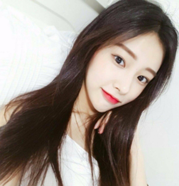 kanghyewon-20180812-133439-003.jpg 강혜원 데뷔 전후 셀카
