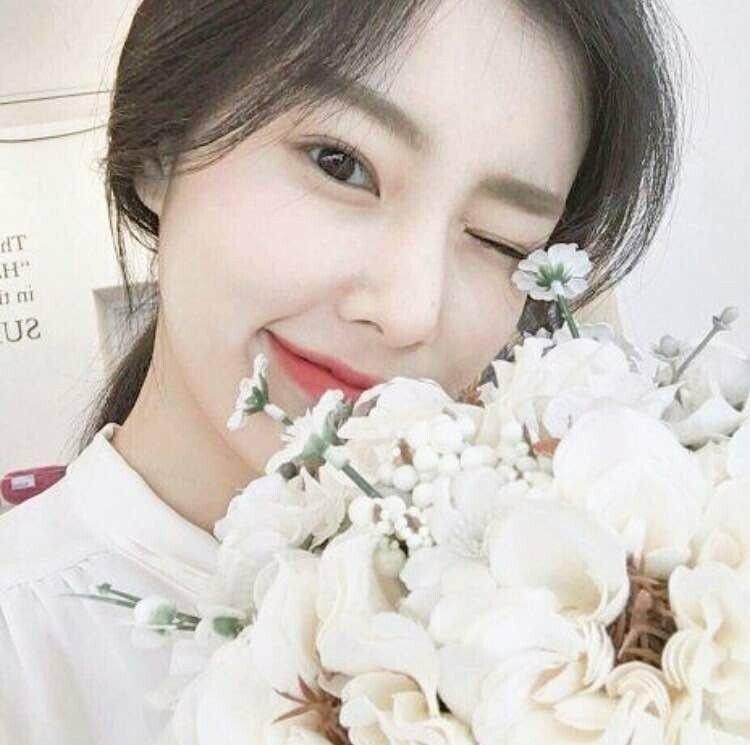 kanghyewon-20180812-134551-015.jpg 강혜원 데뷔 전후 셀카