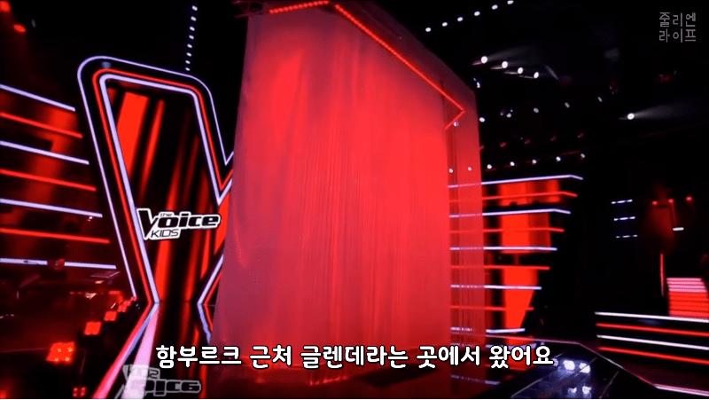 캡처_2019_04_16_16_32_05_735.png 독일 오디션에서 한국어로 노래부르는 독일소녀.mp4