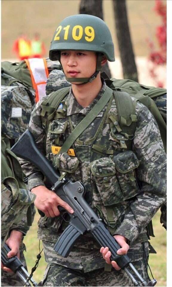 해병대 간 샤이니 민호 근황.. jpg
