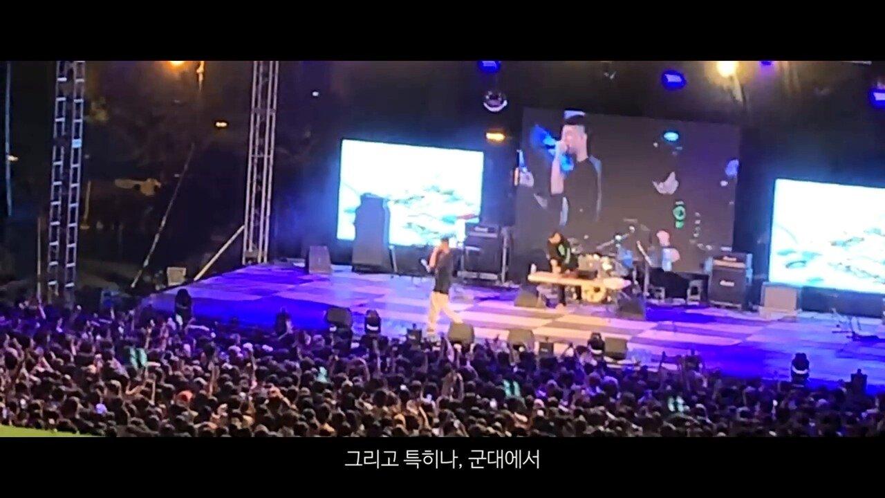 빈지노가 대학생들에게 (Feat. 스윙스) - YouTube (720p).mp4_20190523_215906.810.jpg 빈지노가 대학생들에게...jpg