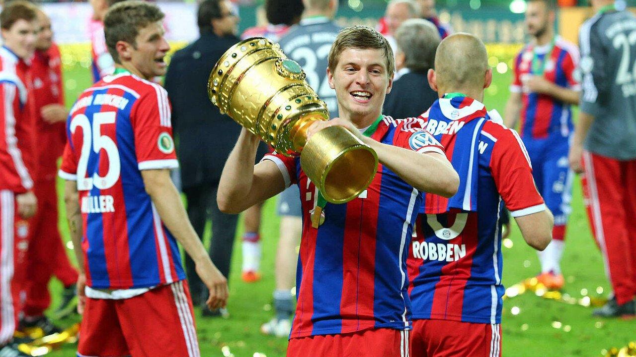 csm_49452-Kroos_Pokal_a6c9941488.jpg 축구 역사상 유일하게 챔스3연패+트레블+월드컵 우승 경력 있는 선수