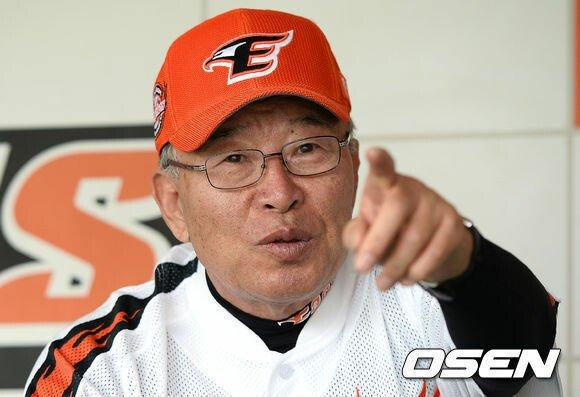 2013060901942_0.jpg 시즌 8승 류현진....1초만 늦었어도....jpg