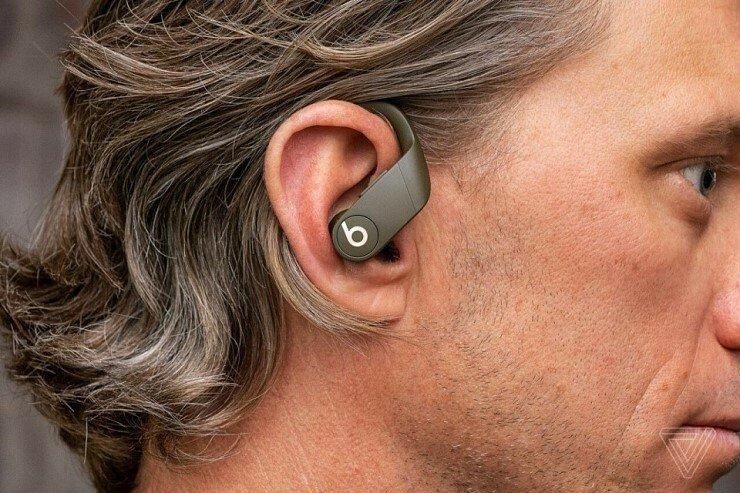 애플의 에어팟을 잇는 무선 이어폰 차기작