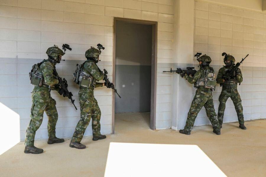 1.jpg 현재 시험중인 국군 신형 위장 패턴