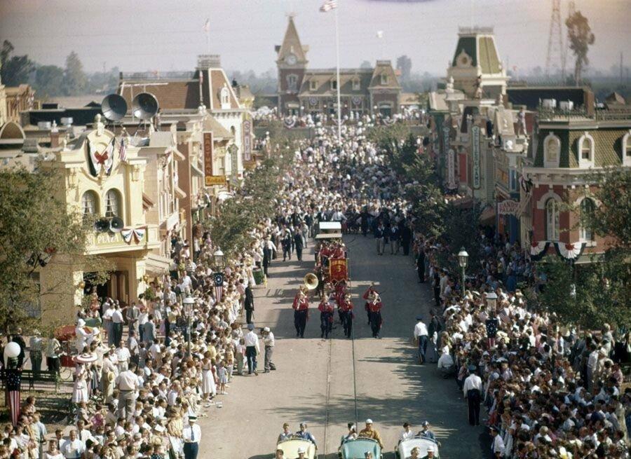 pic_007.jpg 1955년 7월 17일 디즈니랜드 풍경