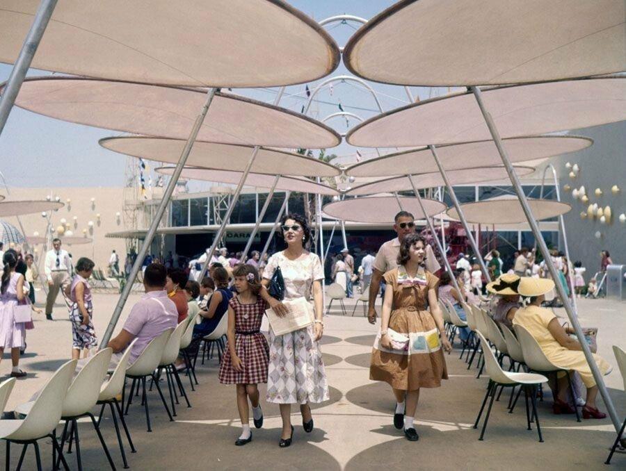 pic_015.jpg 1955년 7월 17일 디즈니랜드 풍경