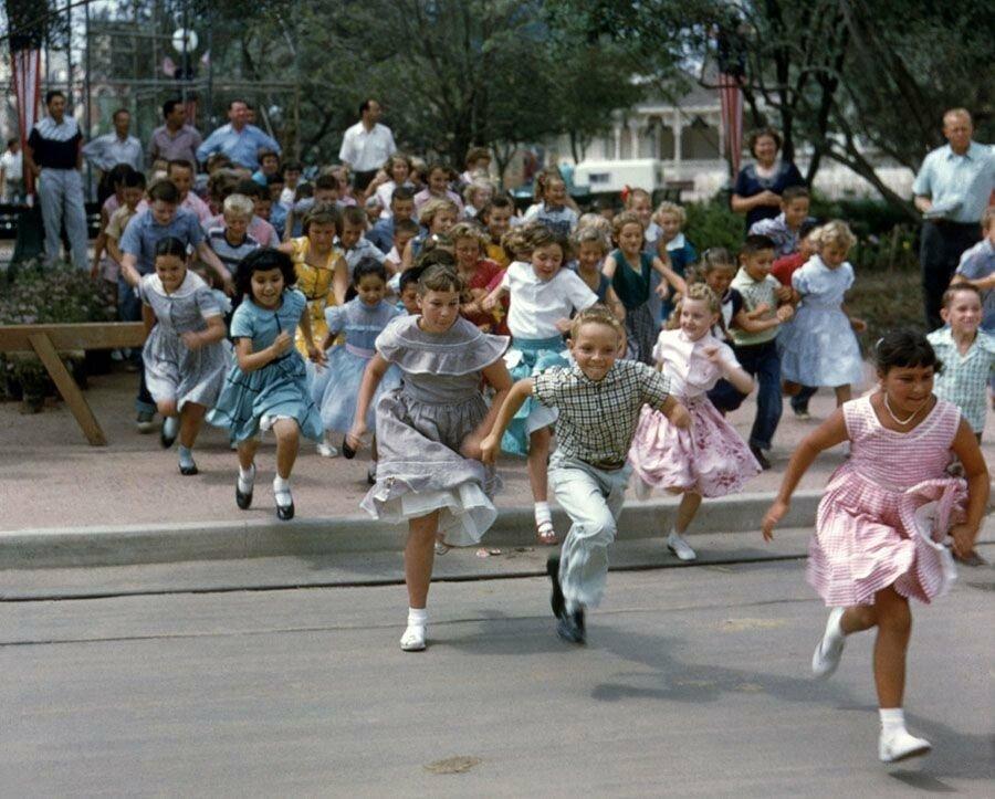 pic_021.jpg 1955년 7월 17일 디즈니랜드 풍경
