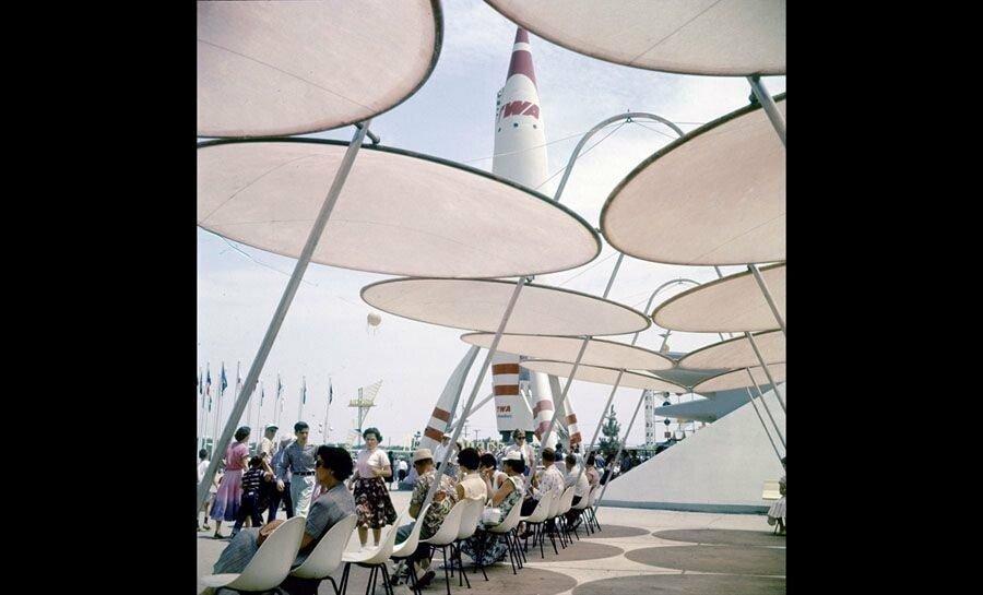 pic_023.jpg 1955년 7월 17일 디즈니랜드 풍경