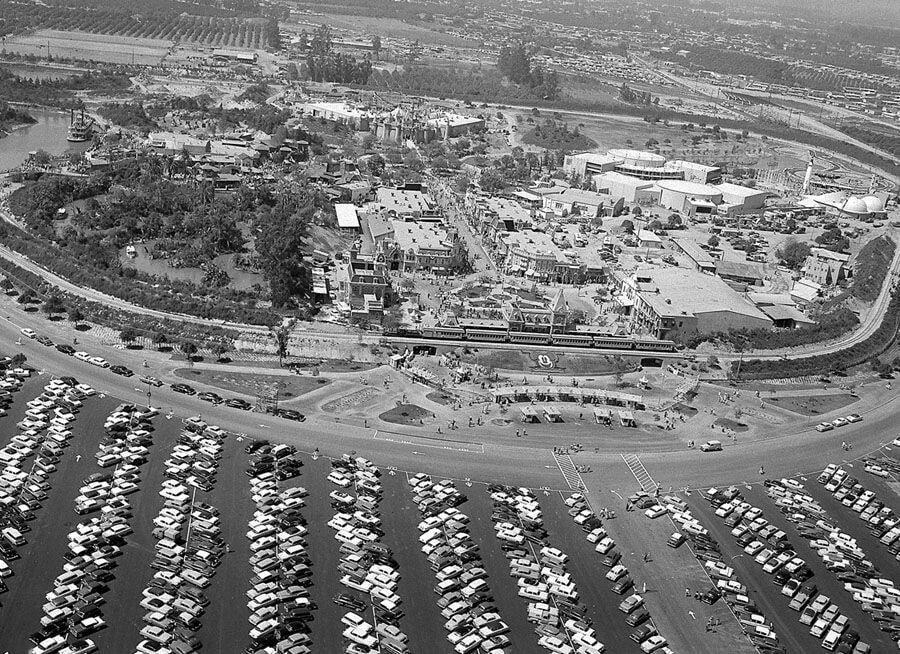 pic_005.jpg 1955년 7월 17일 디즈니랜드 풍경