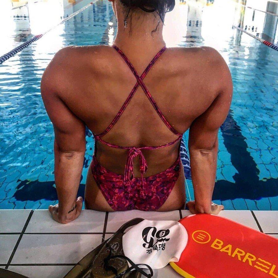 1554076799664.jpg (ㅇㅎㅂ) 어마무시한 수영선수 몸매.jpg