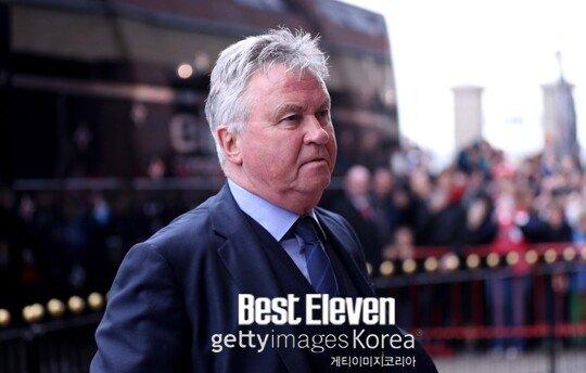 """히딩크.jpg 히딩크, """"박항서의 베트남 U-22, 한국보다 강한 팀"""""""