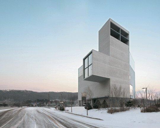 pic_009.jpg 요즘 건축가들 먹여살리는 단체.JPG