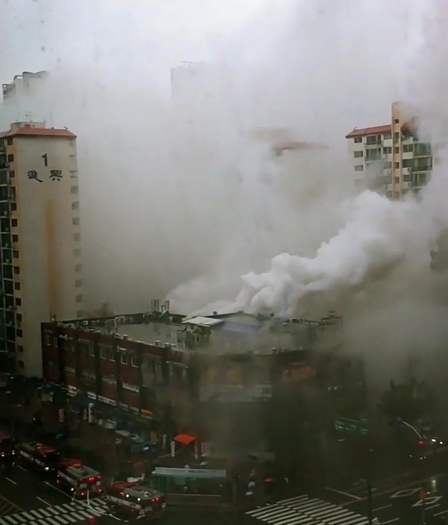 강남역과교대사이.png 강남역 인근 상가 화재 사진