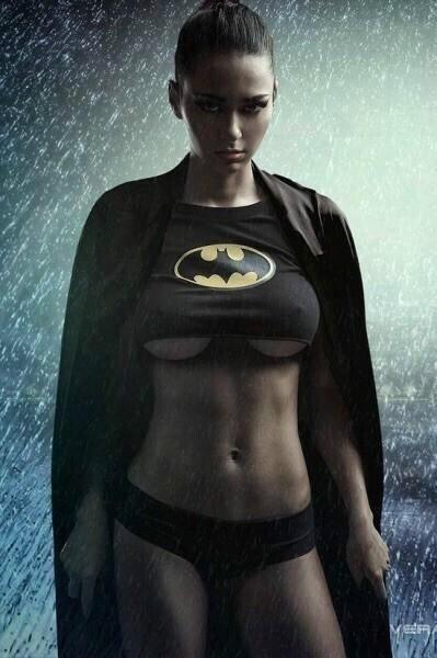 ㅇㅎ)슈퍼맨하고 배트맨이 주인공이 남자인게 불편해 ㅡ