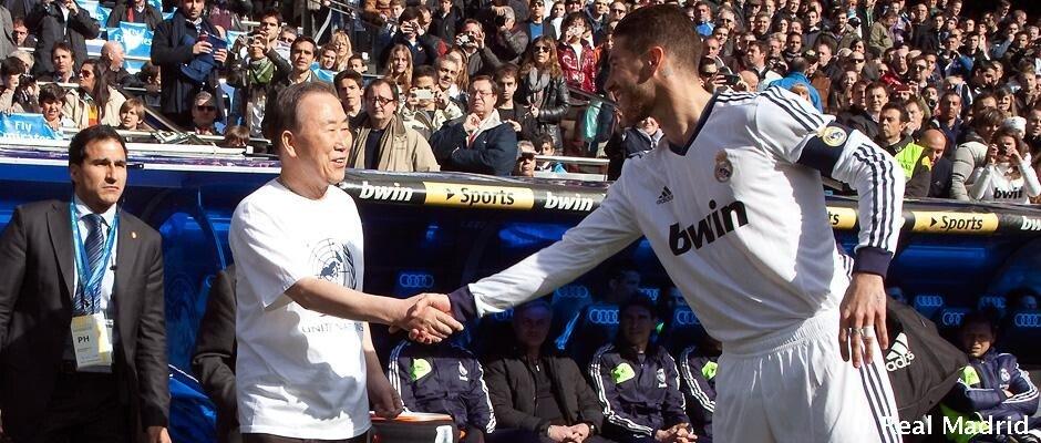 046-30-Real-Madrid-Levante-06-04-2013--_hThumb,0.jpg ???: SON 먼 길 오느라 고생 많으셨습니다.