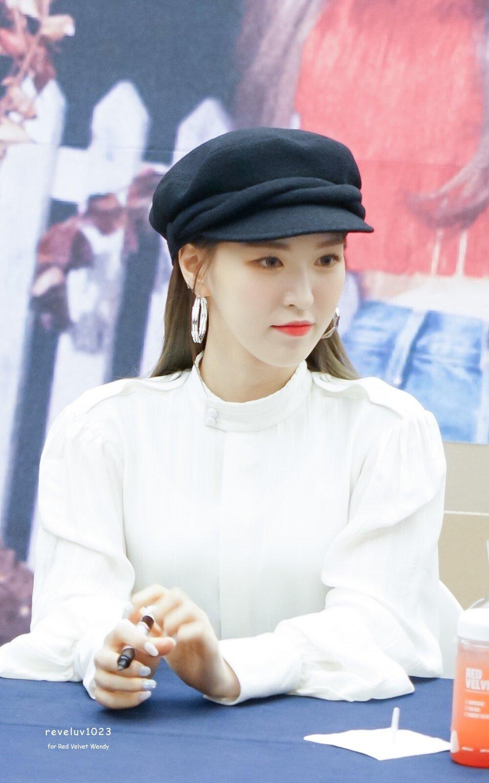 비니 - 걸그룹 갤러리 - 에펨코리아 - 2020   비니, 리즈, 여자친구