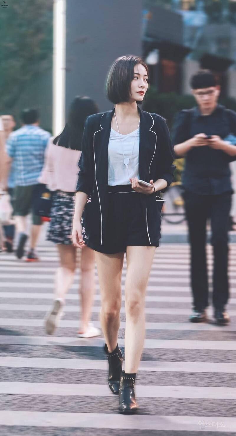 중국 아이돌중 가장 예쁘고 매력쩐다는 아이돌.jpg