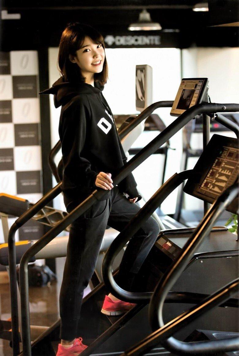 아이유가 다이어트할 때 가장 즐겨했다는 운동.JPG