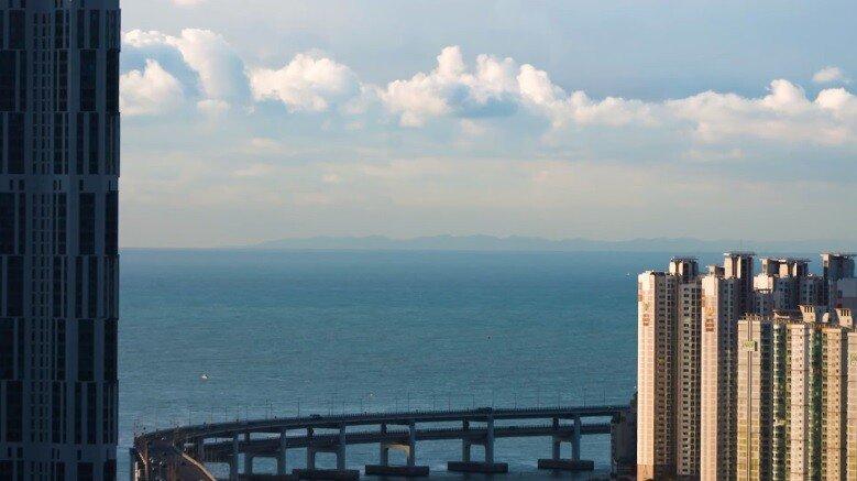 광안대교.jpg 대마도에서 바라본 부산광역시 모습.JPG